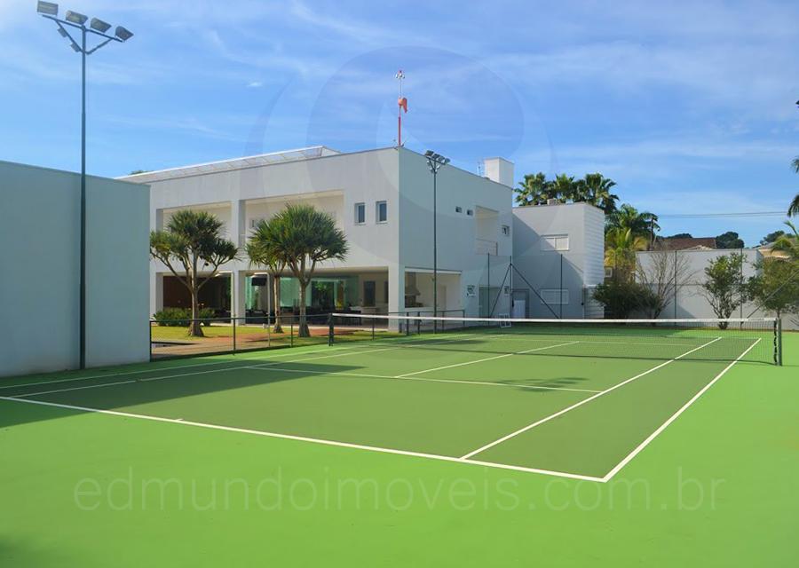 Casa 792 – Quadra de Tênis