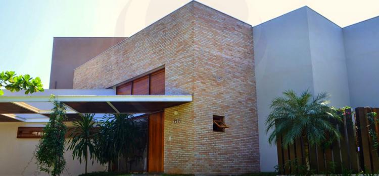 Casa 1374 – Acabamentos Rústicos e Charmosos – Venda, Jardim Acapulco