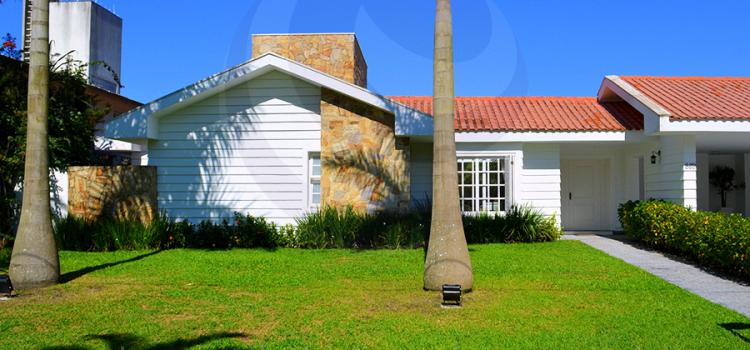 Casa 175 – Estilo Americano – Oportunidade – Locação e Venda, Jardim Acapulco