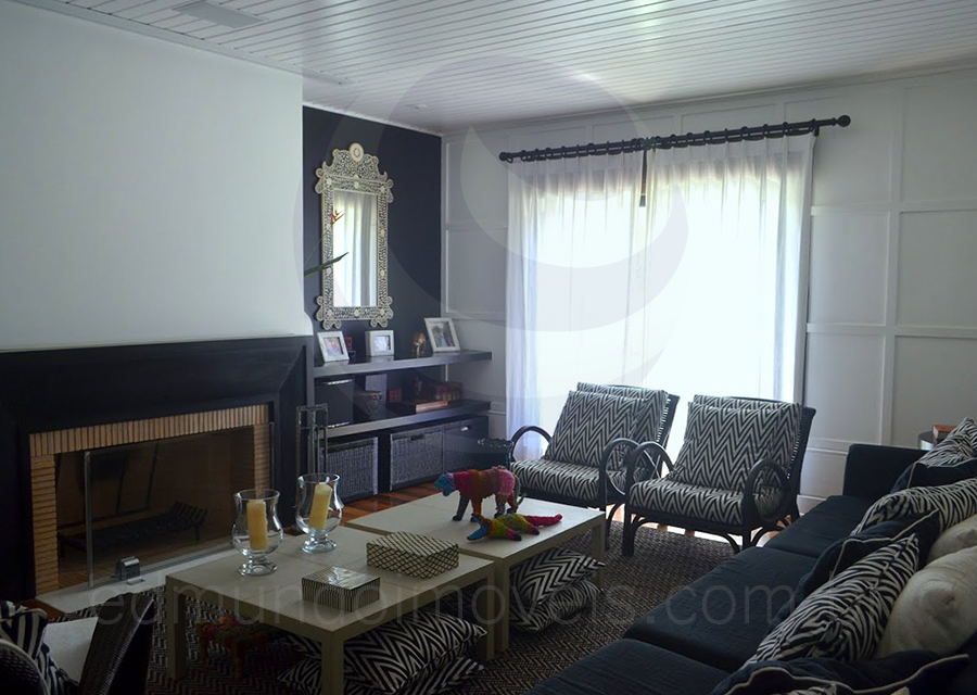 Casa 1403 – Home-Theater e Sala de Lareira