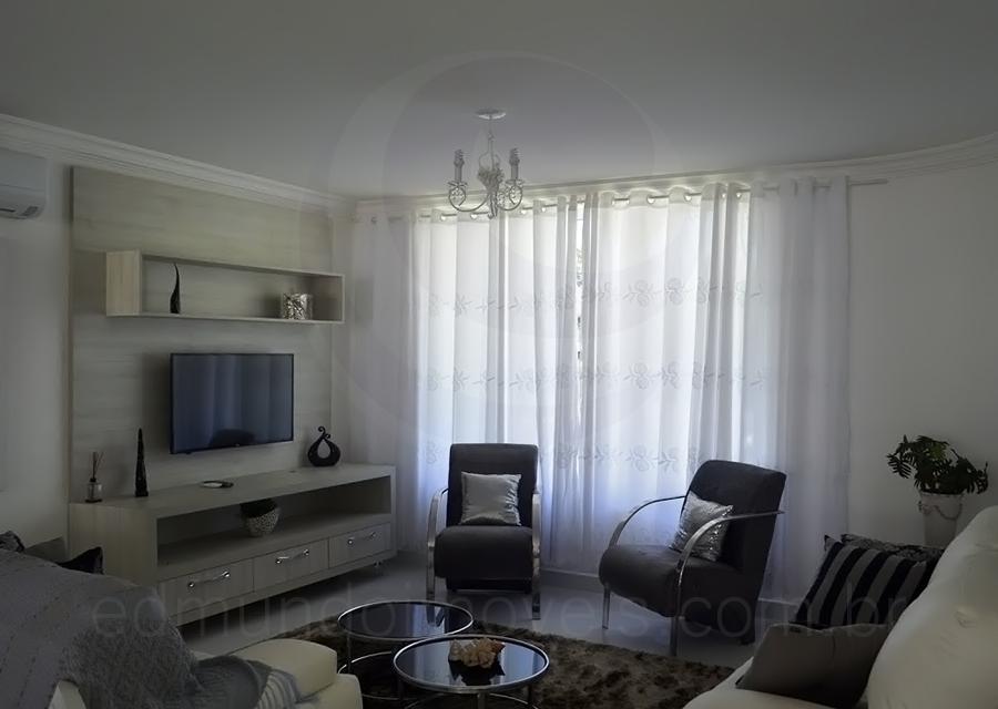 Casa 1402 – Living com TV