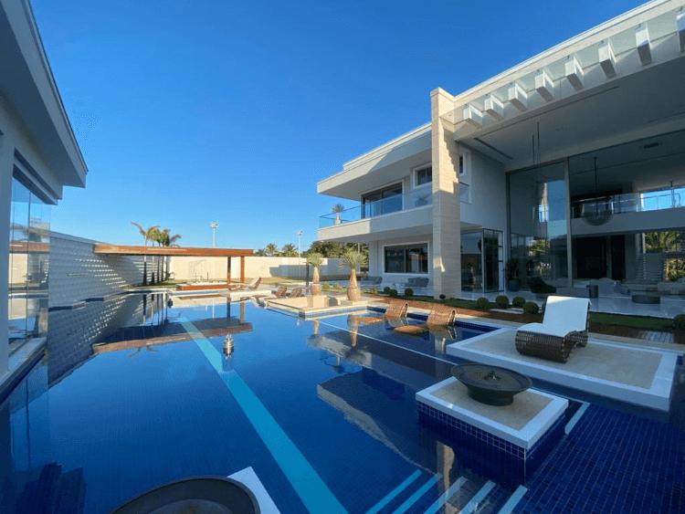 Casa de luxo Jardim Acapulco Guarujá